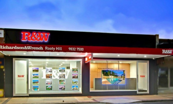 Real Estate Outdoor Led Graphic Frames