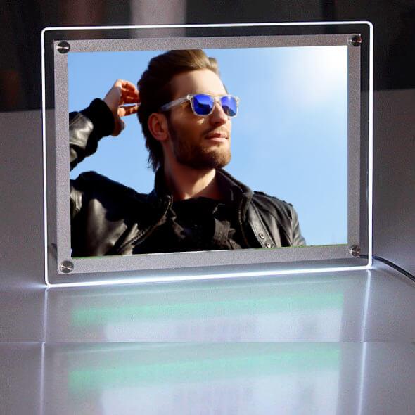 Desktop-acrylic-led-light-box1-circle