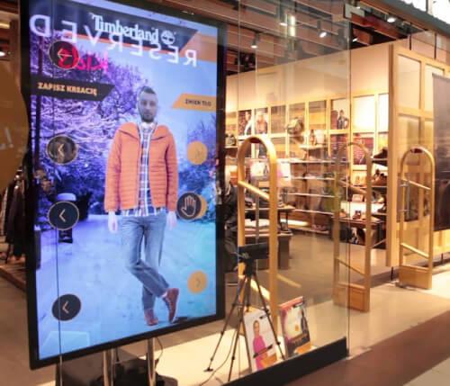 retail digital window displays